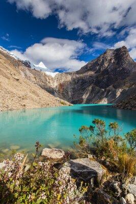 Fotomural Hermoso paisaje de montaña en los Andes, Perú, Cordiliera Blanca