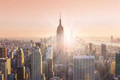 Fotomural Horizonte de Manhattan de Nueva York en puesta del sol.