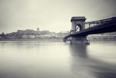 Fotomural Imagen de invierno sombrío de Señales húngaras,