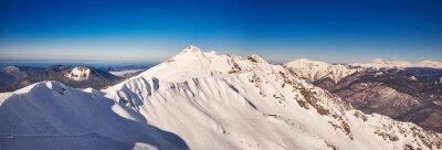 Fotomural Invierno montañas panorama con pistas de esquí.