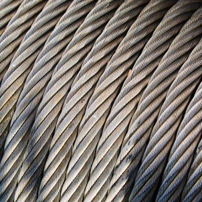 Fotomural Las cuerdas trenzadas en bahías en un velero antiguo