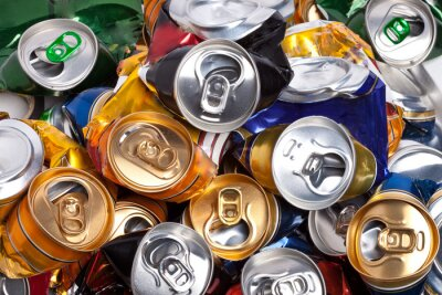 Fotomural Las latas de cerveza arrugadas