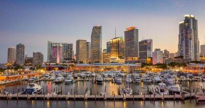 Fotomural Miami horizonte de la ciudad panorama en el crepúsculo