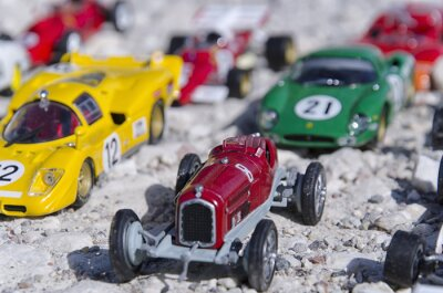 Fotomural Models of a classic cars in the sun