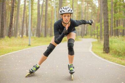 Fotomural Mujer activa patinaje sobre ruedas
