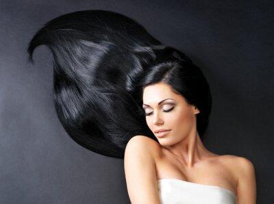 Fotomural Mujer hermosa con el pelo largo y liso