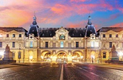 Fotomural Museo del Louvre en París, en la salida del sol, Francia
