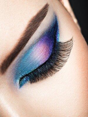Fotomural Ojo de mujer con maquillaje de ojos azules