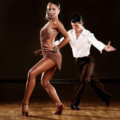 Fotomural pareja de baile latino en acción