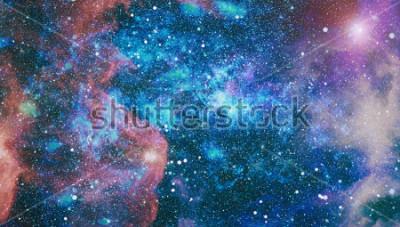Fotomural Planetas, estrellas y galaxias en el espacio exterior que muestra la belleza de la exploración espacial. Elementos provistos por la NASA.