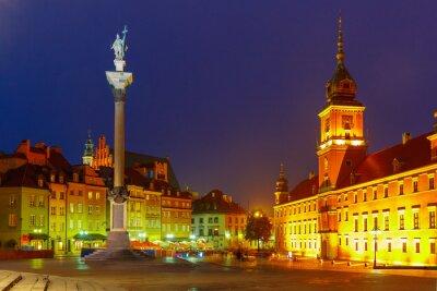 Fotomural Plaza del castillo por la noche en Varsovia, Polonia.