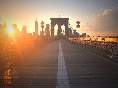 Fotomural Ponte di Brooklyn al tramonto con vista di Nueva York