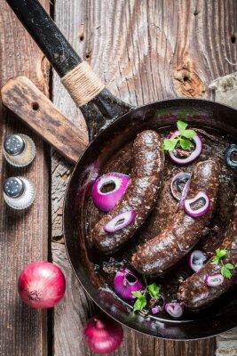 Fotomural Pudín negro sabroso con perejil y cebolla
