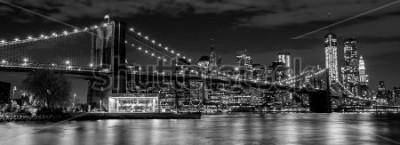 Fotomural Puente de Brooklyn con los horizontes de Manhattan en el fondo para quieto y blanco y negro