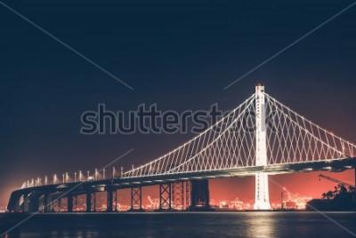 Fotomural Puente de la Bahía de Oakland en la noche. San Francisco - Oakland, California, Estados Unidos.