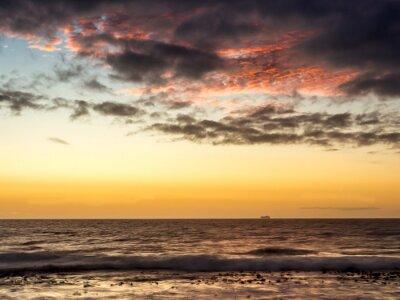 Fotomural Puesta del sol en un barco en el Océano Atlántico en Ciudad del Cabo - 1