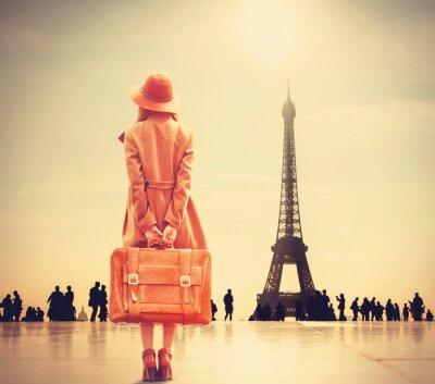 Fotomural Redhead chica con la maleta