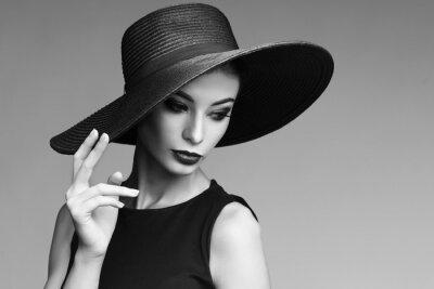 Fotomural Retrato blanco y negro de la mujer elegante