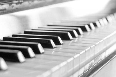 Fotomural Teclado de piano. Imagen blanco y negro con un enfoque selectivo