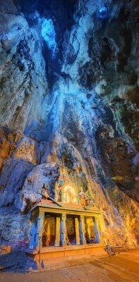 Fotomural Templo en medio de una caverna en Batu Cuevas Templo complejo en Kuala Lumpur
