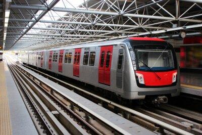Fotomural Tren del metro en la estación de metro