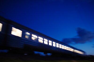 Fotomural Tren iluminado viajar más allá de la noche