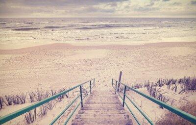 Fotomural Vintage entonado escaleras de madera en una playa