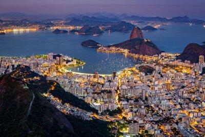 Fotomural Vista aérea espectacular sobre Río de Janeiro, vista desde Corcovado. El famoso Pan de Azúcar sobresale de la Bahía de Guanabara