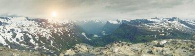Fotomural Vista panorámica sobre Noruega Paisaje de montaña