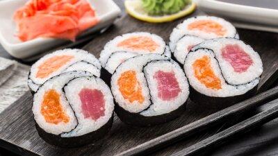 Fotomural Yin yang futomaki con atún y salmón