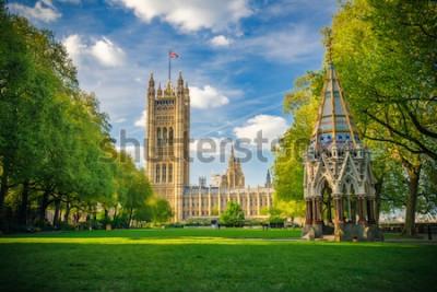 Póster Abadía de Westminster vista desde los jardines de la torre Victoria, Londres, Reino Unido