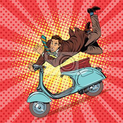 Accidente de conductor masculino en el scooter
