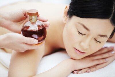 Póster Aceite aromático para masajes