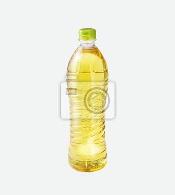 Aceite de arroz en una botella en el fondo aislado