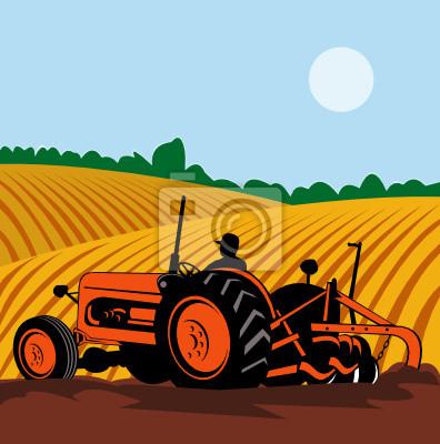 Agricultor manejando su tractor arando los campos