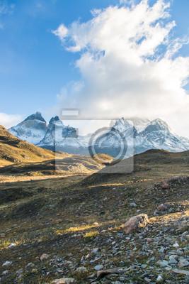 Amanecer en el Parque Nacional Torres del Paine, Patagonia, Chile
