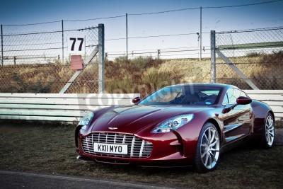 Póster Aston Martin One 77-Aston