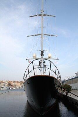 Bateau pêche et voilier