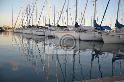 Bateau voilier reflet plaisance eau