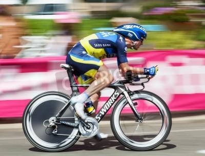 Póster Beaurouvre, Francia, 27 de julio 2012: Imagen del ciclista belga Nick Nuyens (Saxo Bank Thinkoff Bank) montar Paning Durante la etapa 19a una contrarreloj entre Bonneval y Chartres de