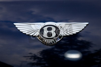 Póster Bentley emblem - outside shoting