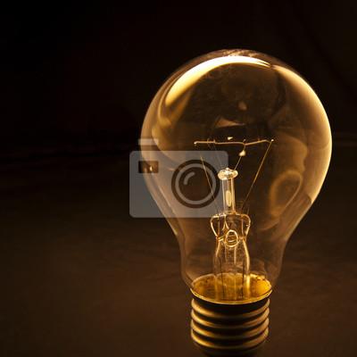 bombilla con baja concepción fondo clave para la idea creativa