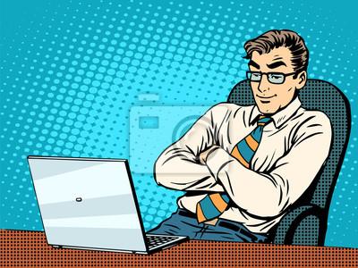Buen hombre de negocios en la computadora portátil