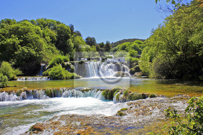 Cascada KRKA en Croacia - fondo la naturaleza de viajes