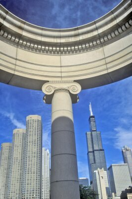 Póster Chicago Architectural Detail with Sears Tower in Background, Chicago, Illinois