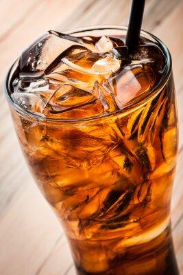 Póster Coctel alcohólico con cola