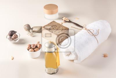 Composición de frutas y aceite de Argan