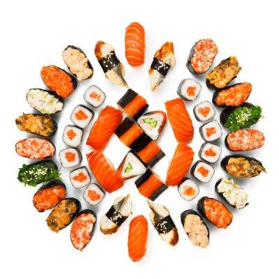 Póster Conjunto de sushi, maki, gunkan y bollos aislados en blanco
