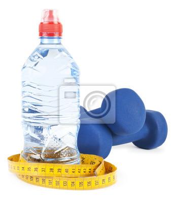 Dos dumbells, agua en botella