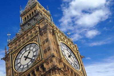 Póster El Big Ben de cerca sobre un cielo azul, Inglaterra Reino Unido